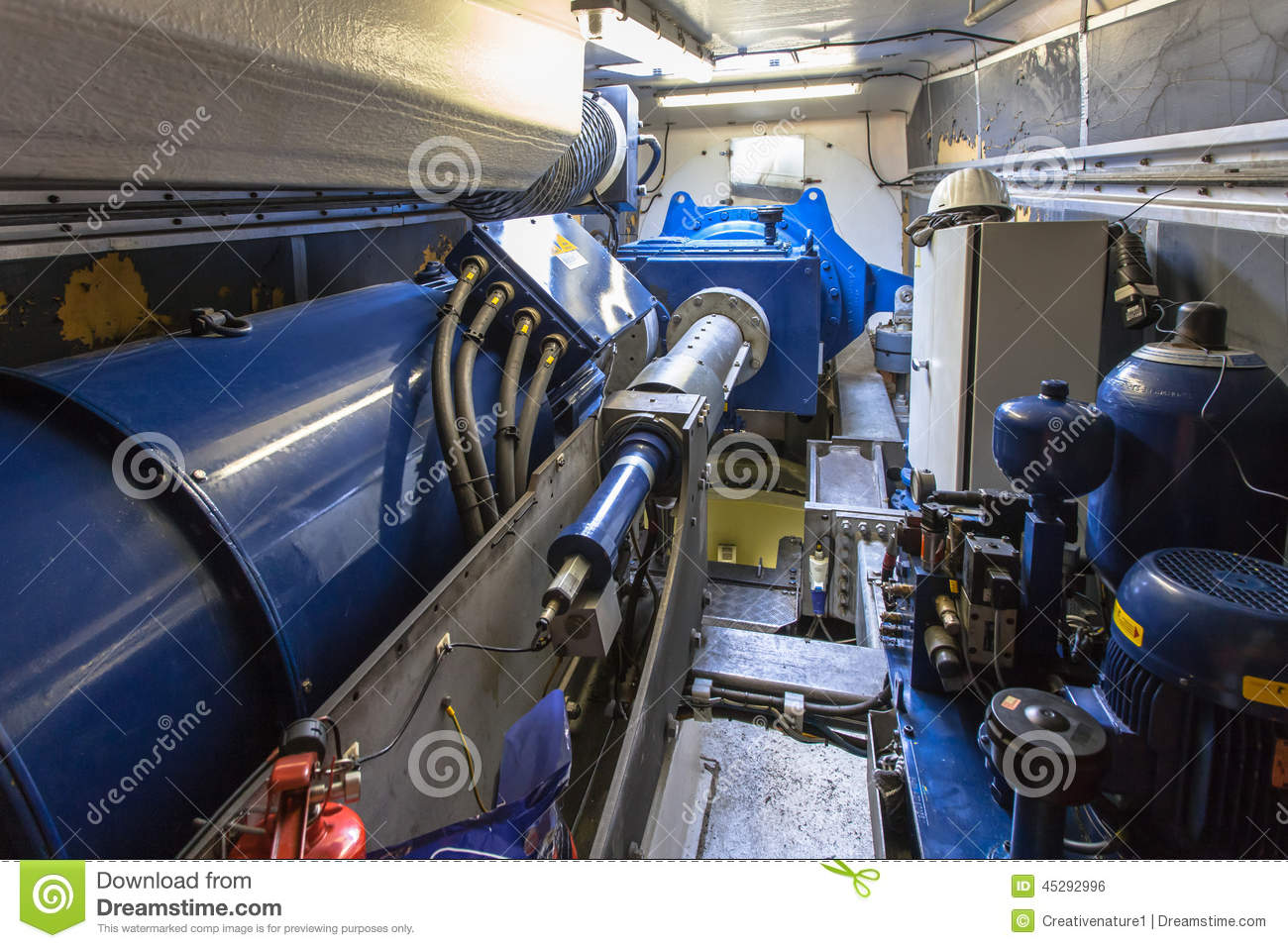Maintenance A Nacelle Or Wind Turbine Housing Stock Photo - Image ...