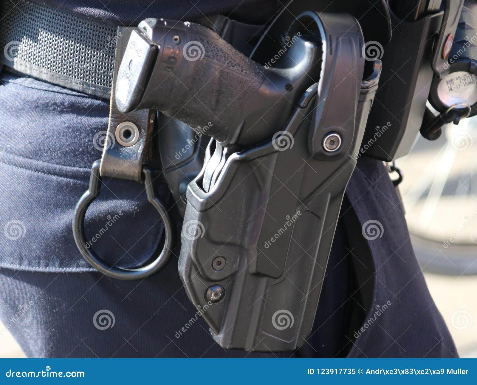 Maintenez l ordre le pistolet à la ceinture Walther, P99Q NL employé par les tous les policiers néerlandais en tant qu arme génér