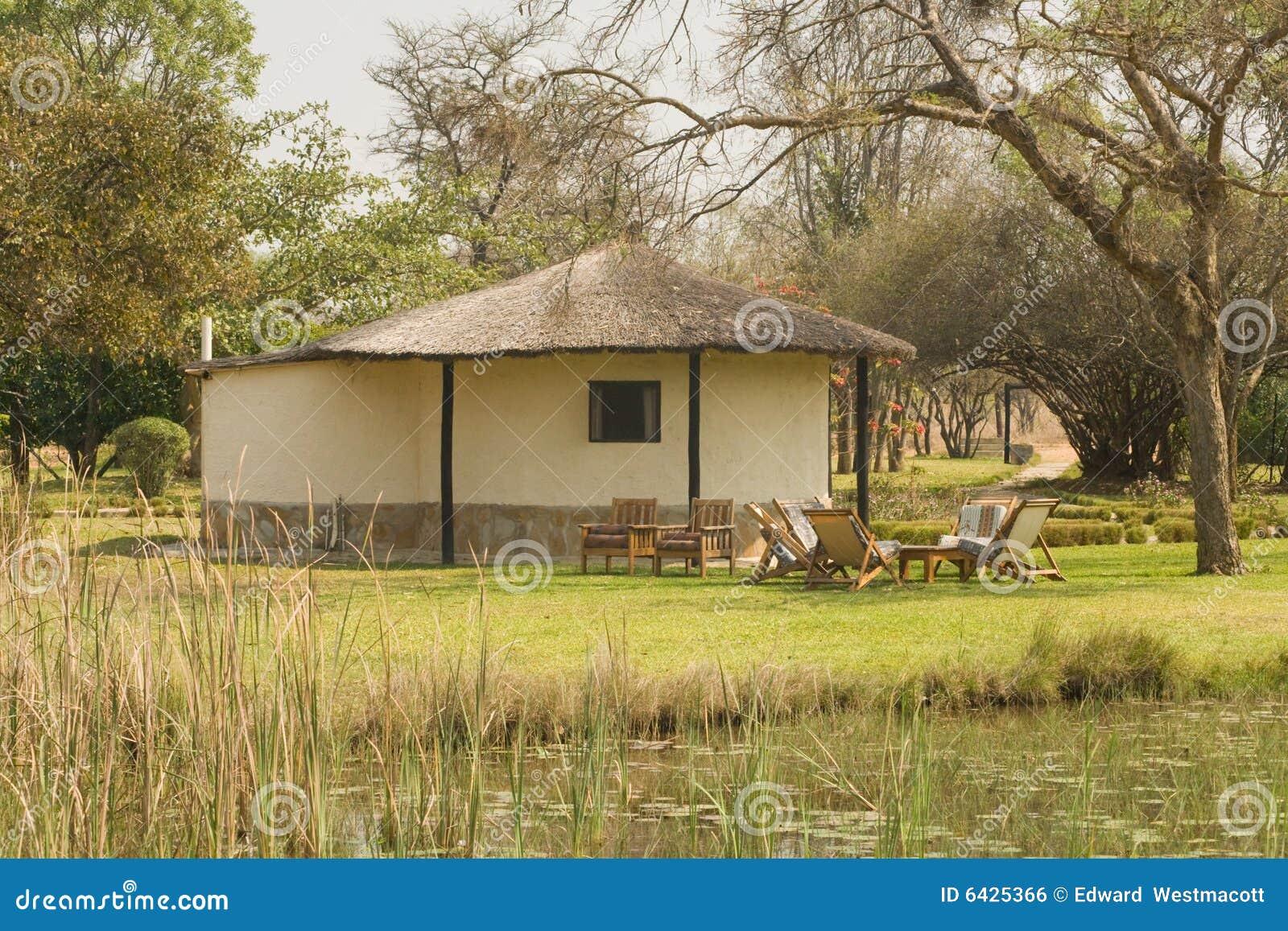 Afrique maison pelouse rural home africain