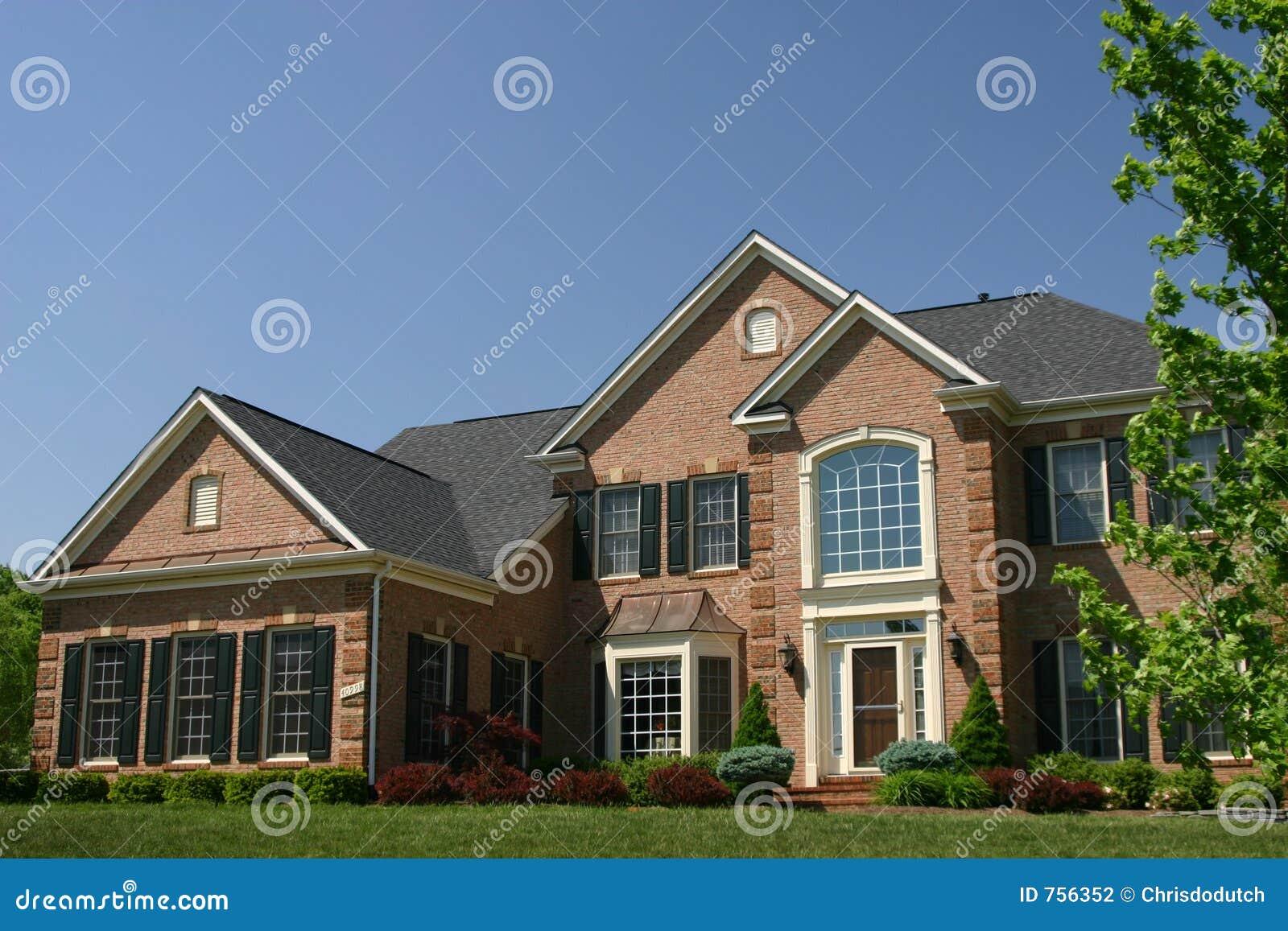 maison am ricaine photo stock image du r el ouvert villa 756352. Black Bedroom Furniture Sets. Home Design Ideas