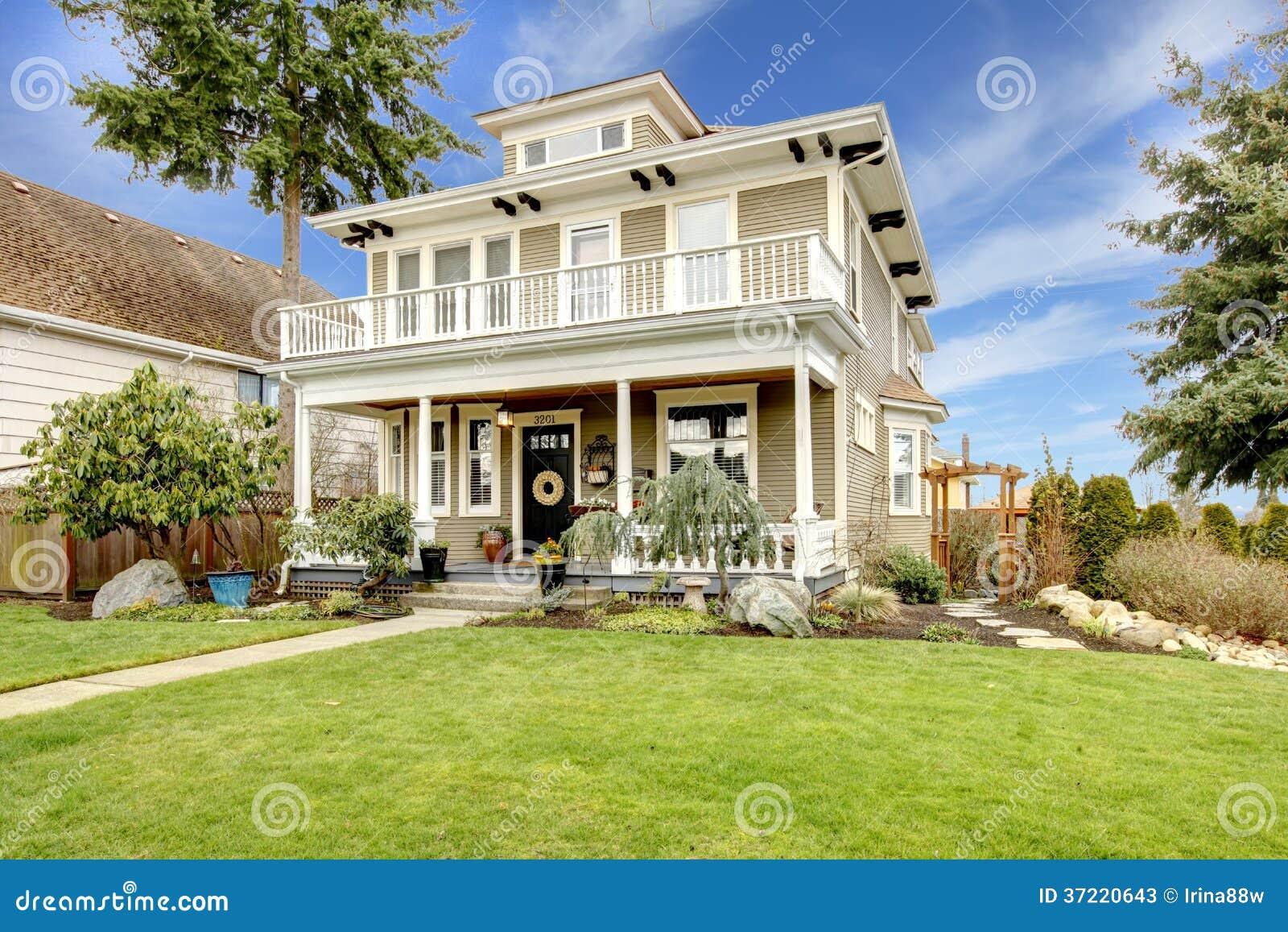 maison bois style amricain perfect awesome maisons de matre et habitations coloniales dans les. Black Bedroom Furniture Sets. Home Design Ideas