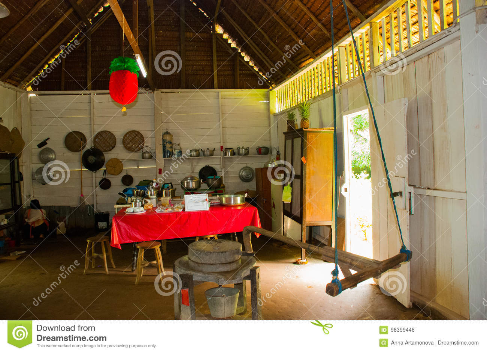 Maison chinoise kuching au village de culture de sarawak la malaisie intérieure poison culturel