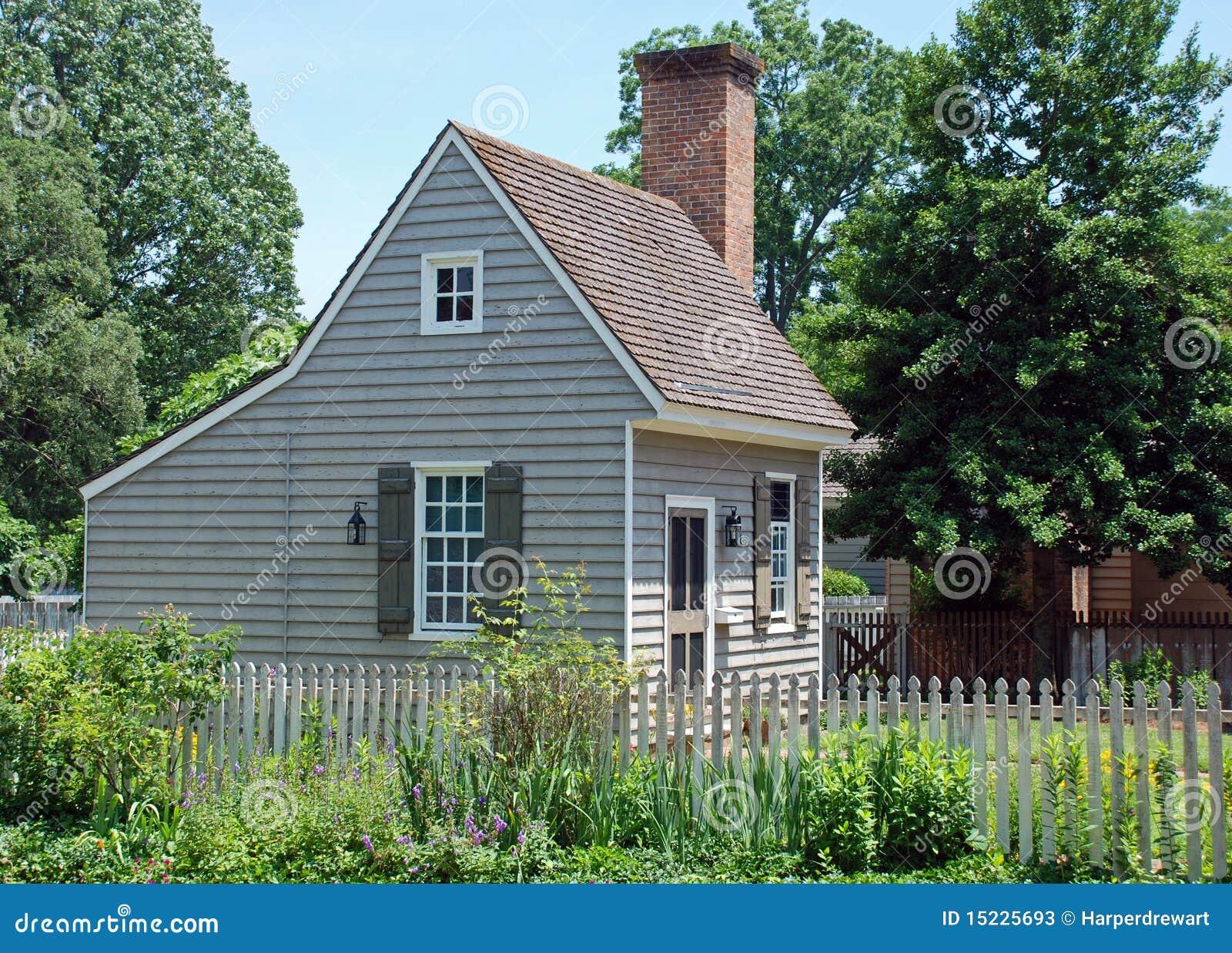 Maison coloniale 81 photos stock image 15225693 - Plan de maison coloniale ...