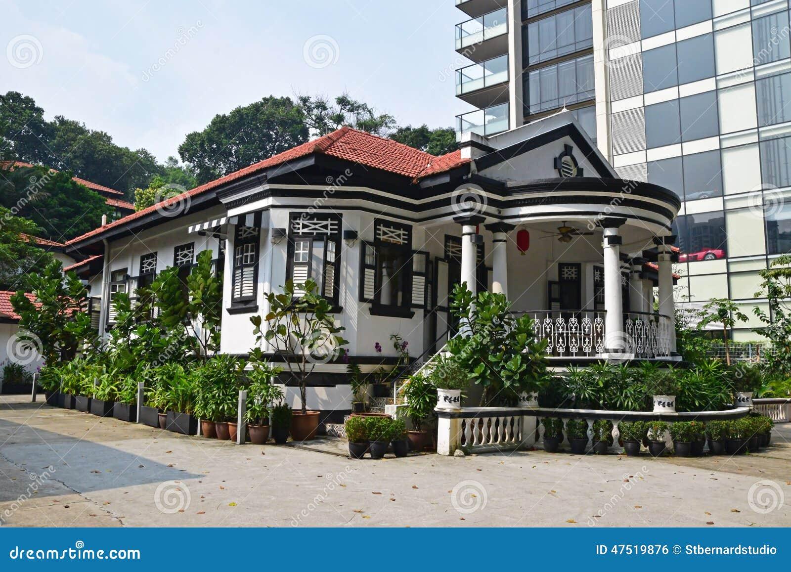 Maison coloniale traditionnelle singapour c t du gratte - Centre commercial pour la maison ...