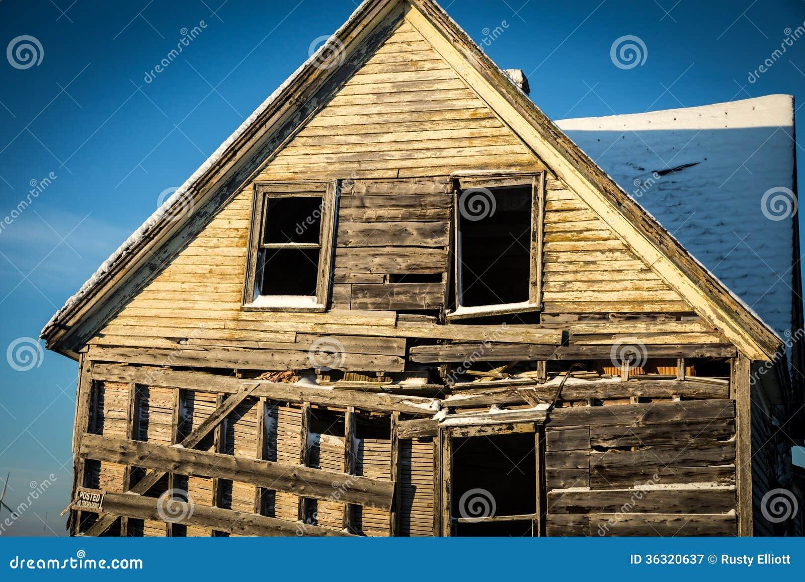 Maison D 39 Abandon En Hiver Photographie Stock Libre De