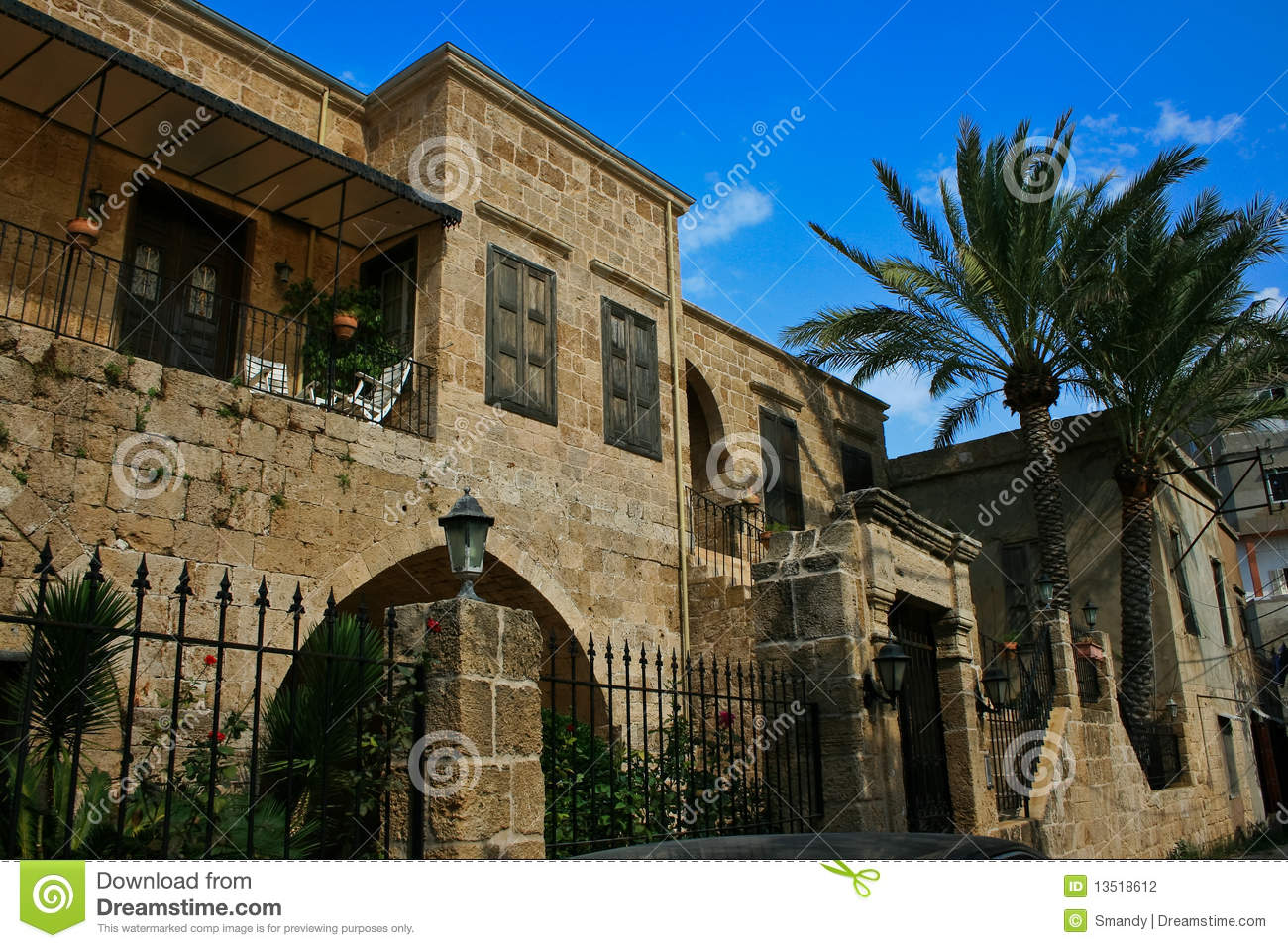 Maison De Batroun Architecture Traditionnelle Liban