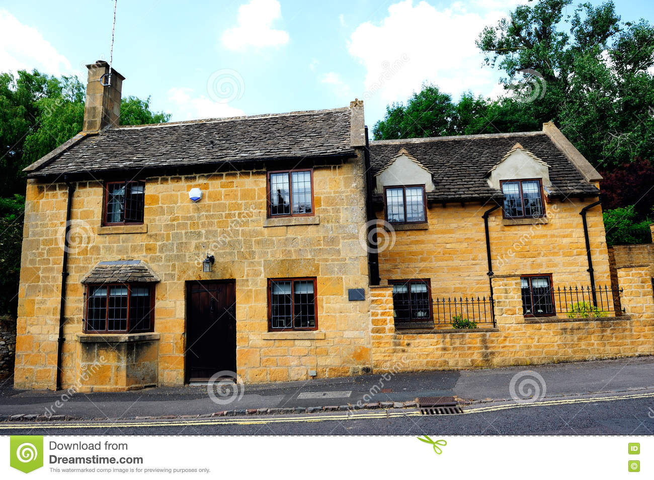 Maison de campagne anglaise dans cotswolds angleterre r for Style campagne anglaise