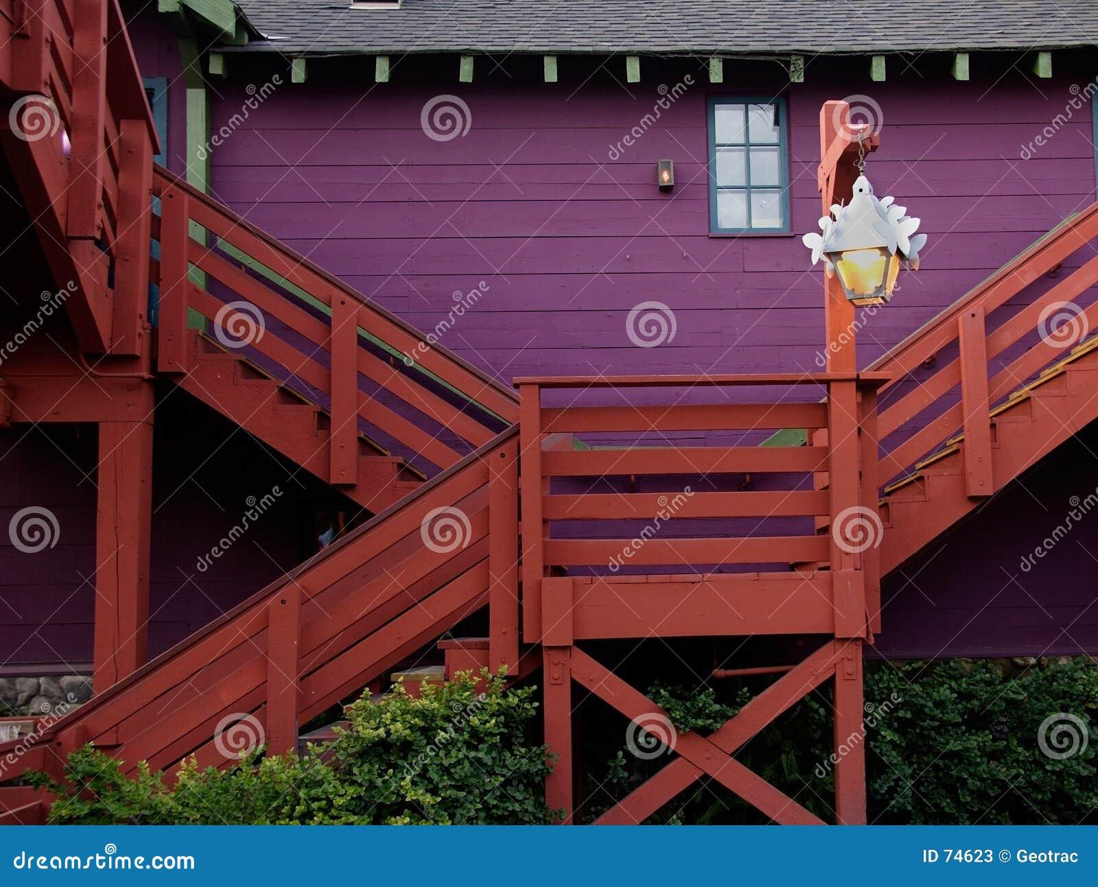 Maison de campagne colorée