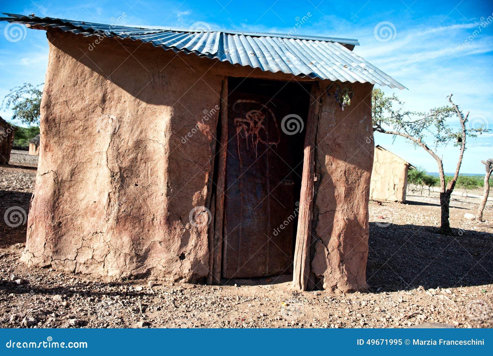 Maison de himba namibie afrique image stock image du for Angelina maison de l afrique