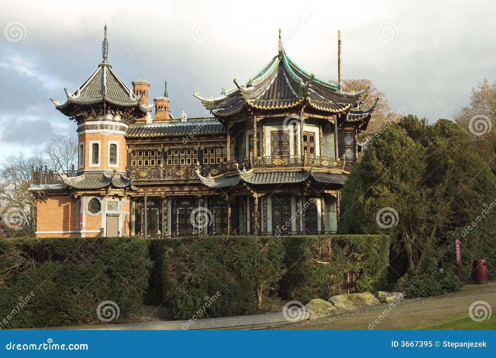 Maison de la chine photo libre de droits image 3667395 - Maison de la chine boutique ...