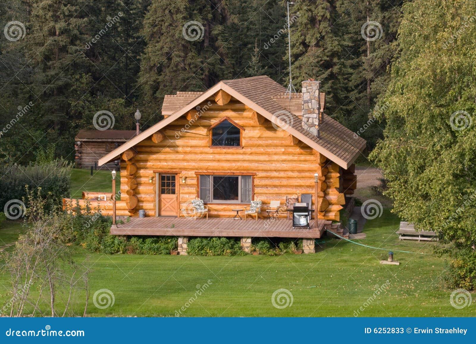 maison de logarithme naturel en alaska image stock image 6252833. Black Bedroom Furniture Sets. Home Design Ideas