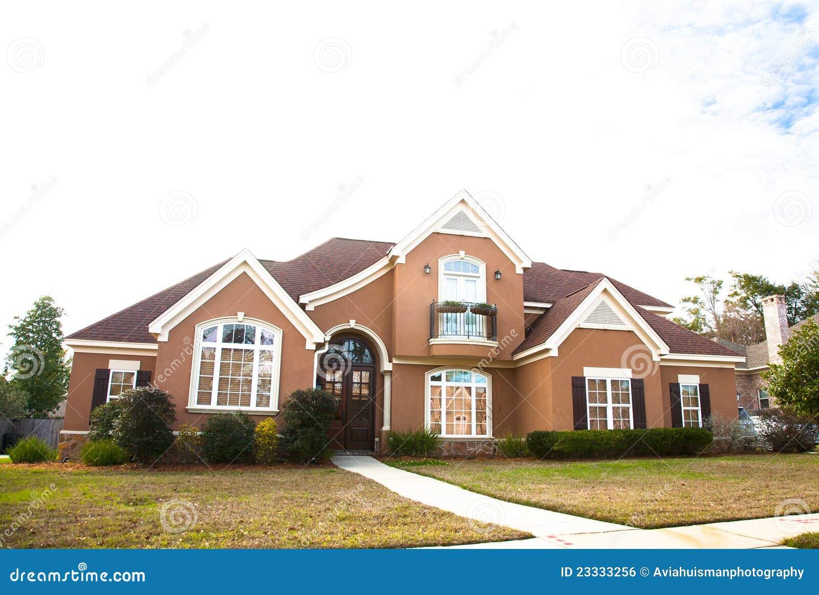 Villa Americaine Luxe : Maison de luxe américaine photo stock image du