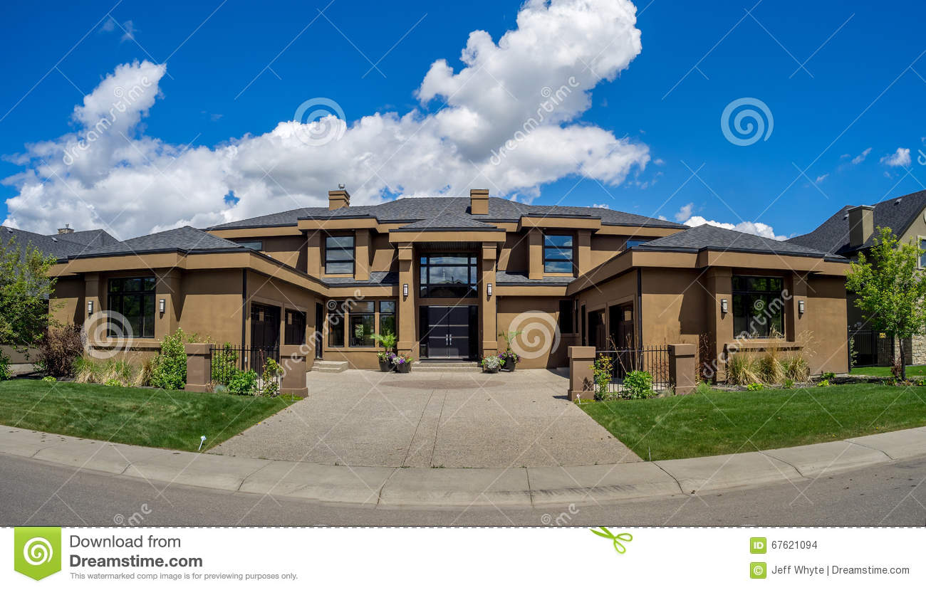 maison de luxe calgary canada photo stock image 67621094