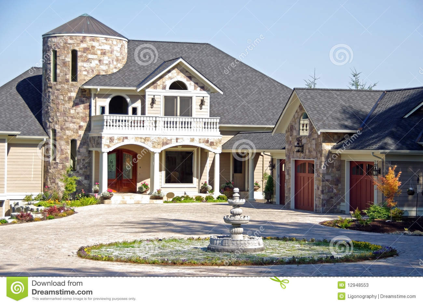 maison de luxe classieuse photos stock image 12948553. Black Bedroom Furniture Sets. Home Design Ideas