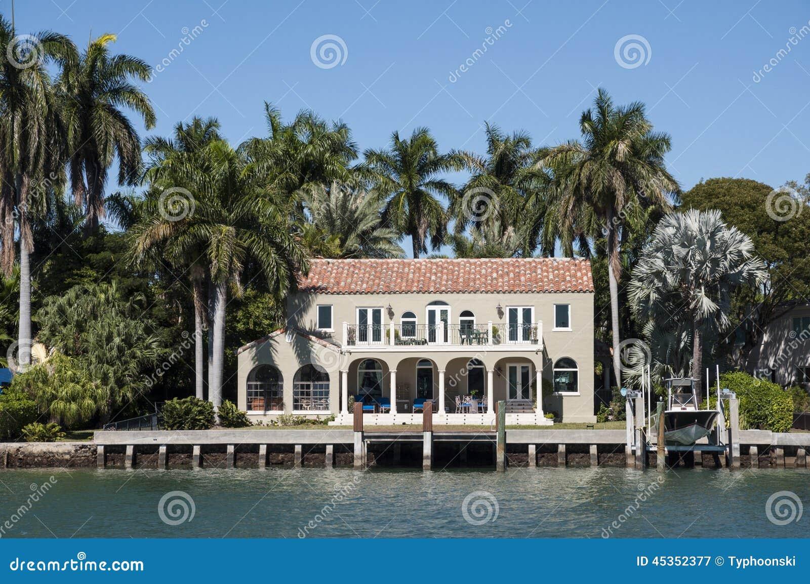 Maison de luxe de bord de mer à Miami