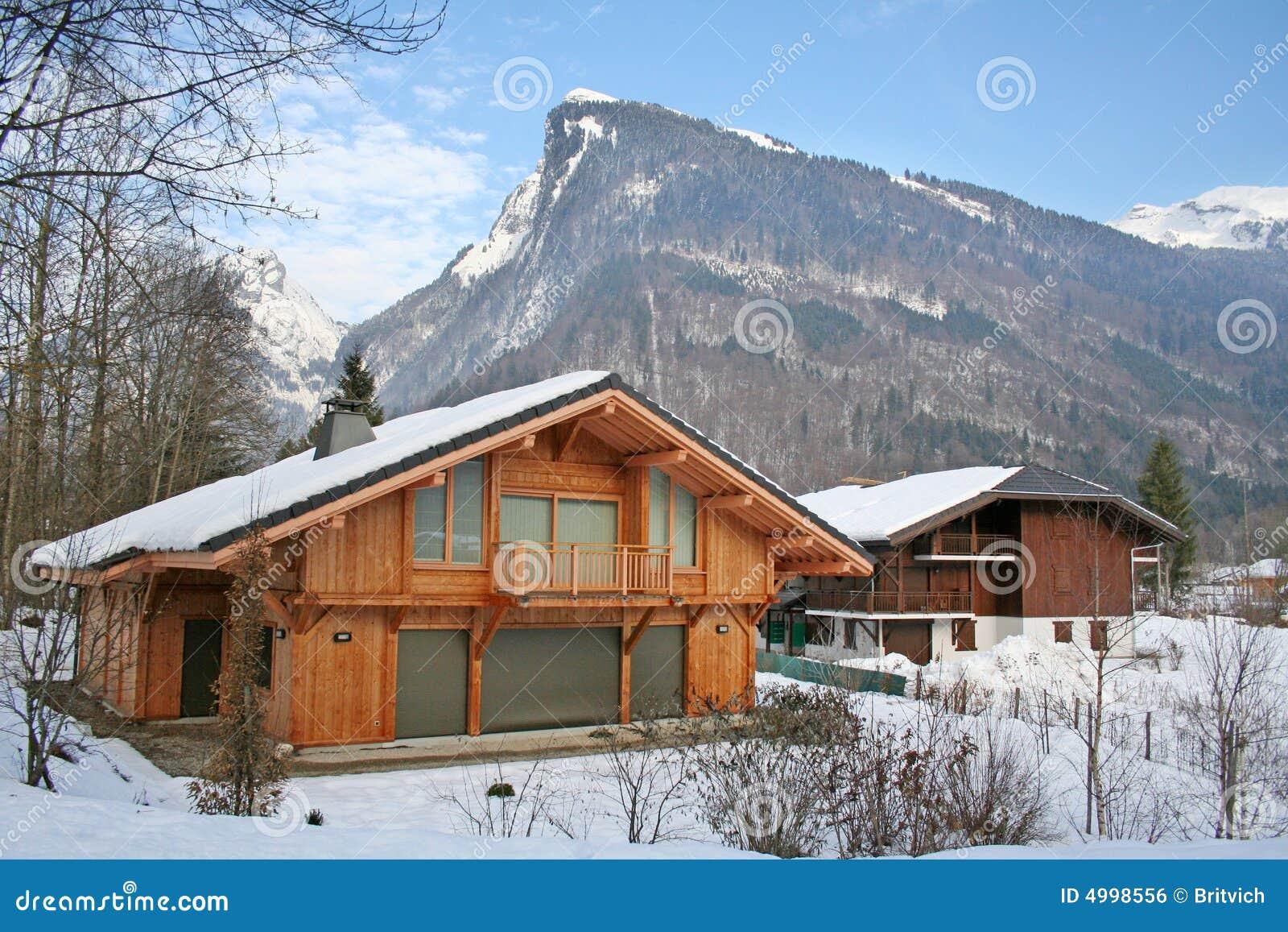Maison de luxe suisse image libre de droits image 4998556 for Maison luxe suisse
