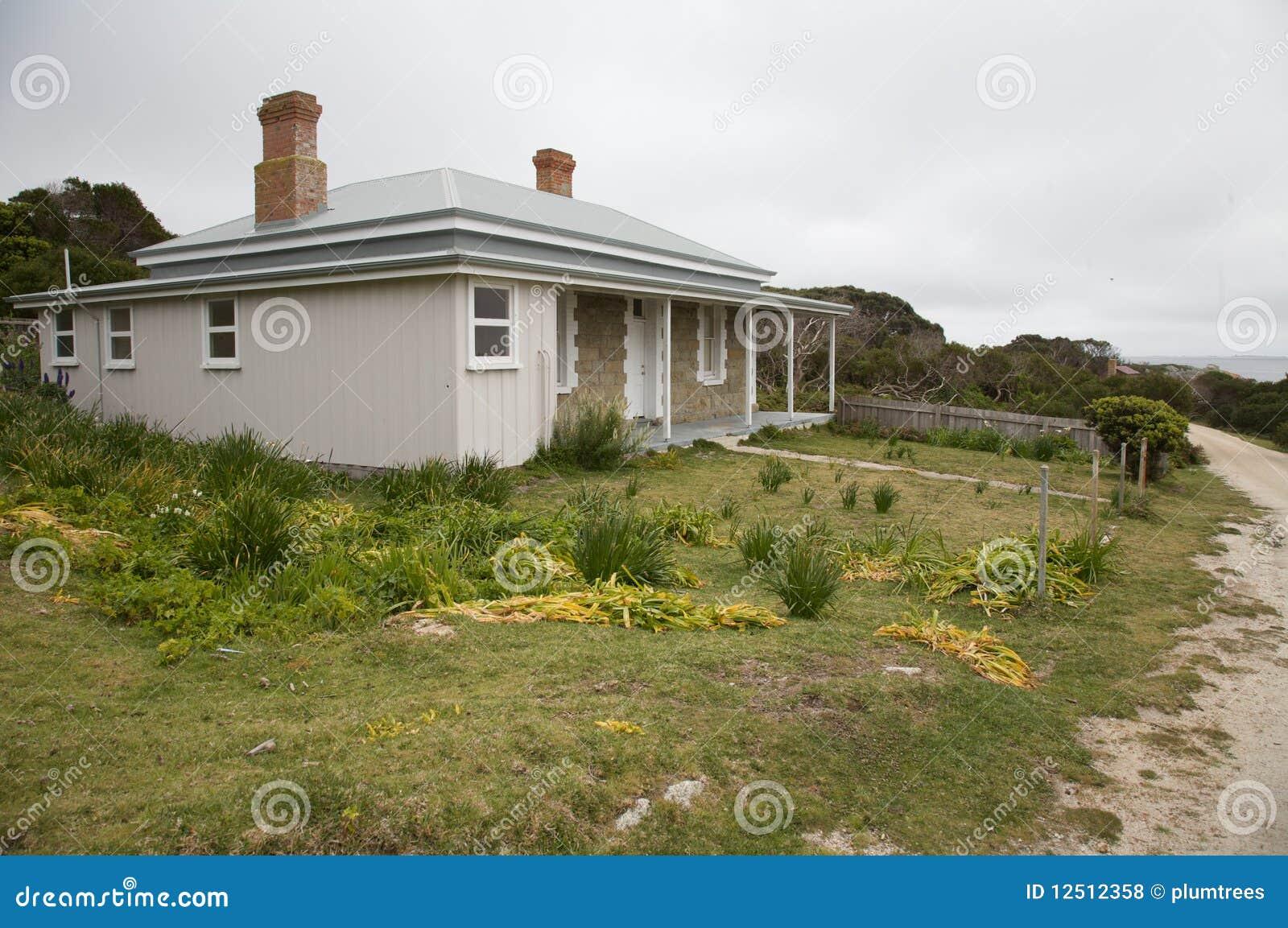 Maison de plage superficielle par les agents australienne for Les types de maison