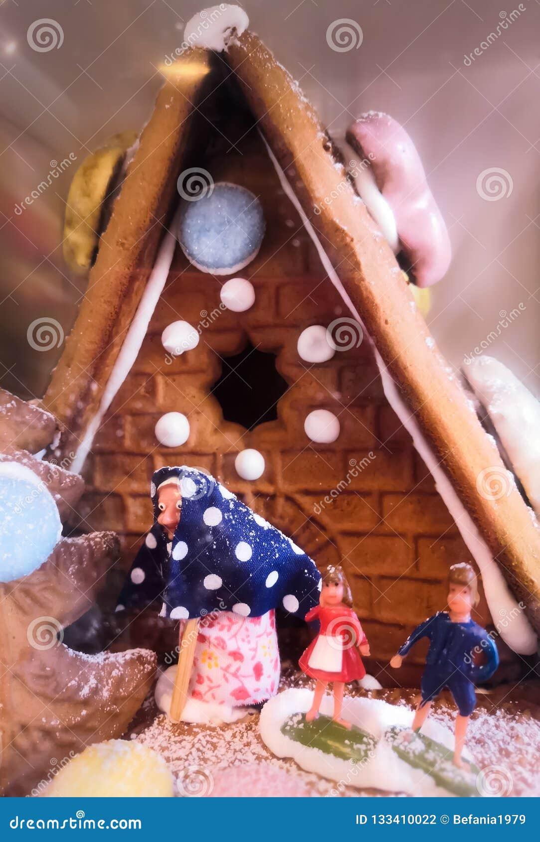 Maison de sorcière de pain d épice