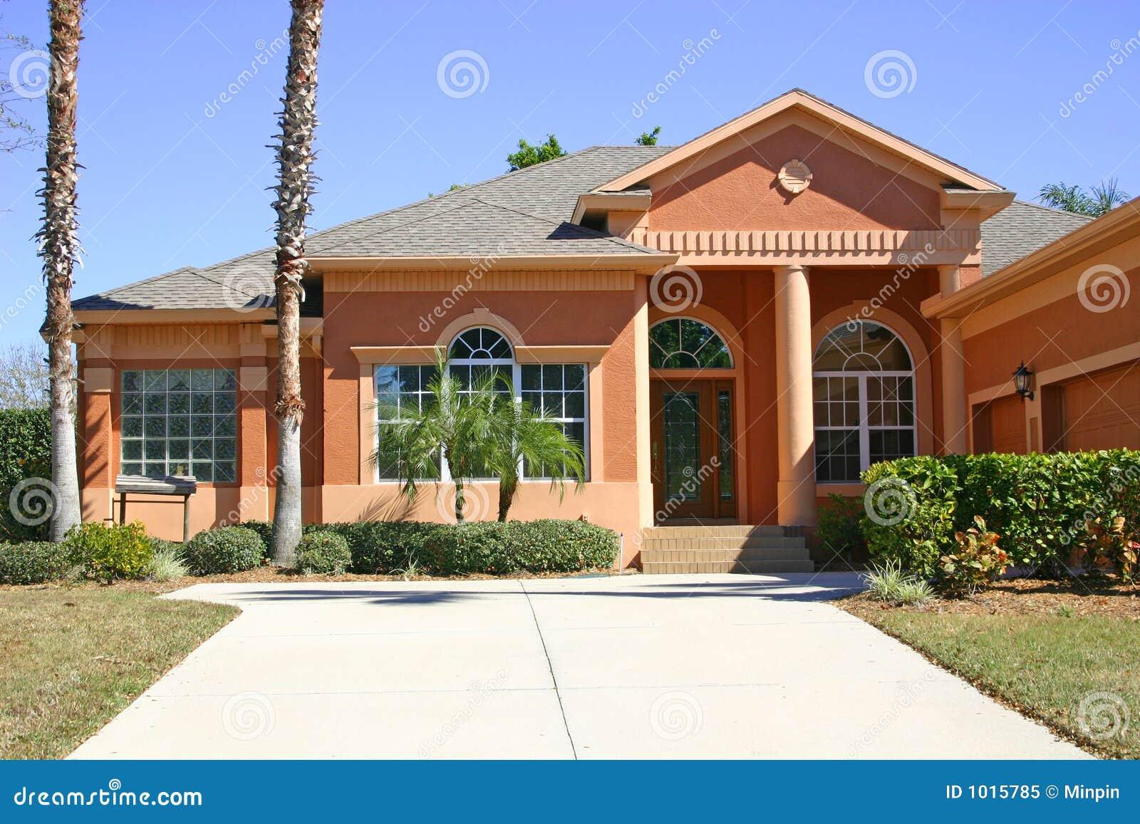 maison de terre cuite image stock image du famille hublots 1015785. Black Bedroom Furniture Sets. Home Design Ideas
