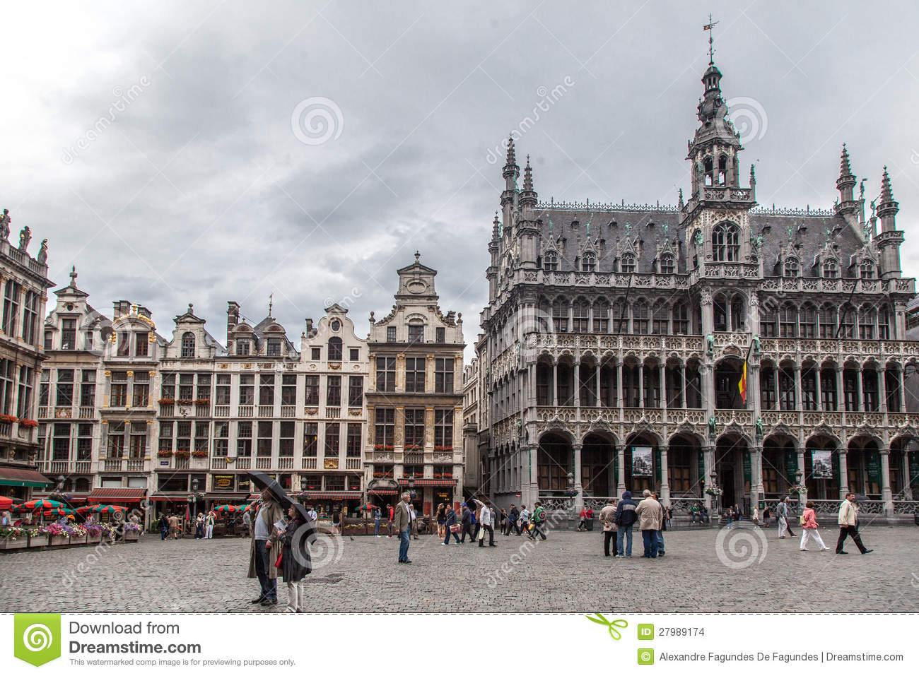 maison du roi grand place brussels editorial stock image image 27989174. Black Bedroom Furniture Sets. Home Design Ideas