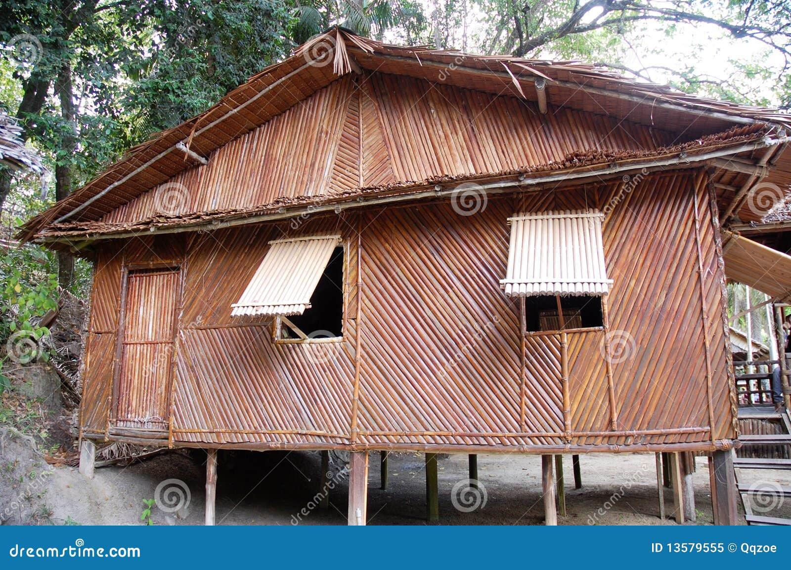 maison en bambou image stock image du tropiques nature. Black Bedroom Furniture Sets. Home Design Ideas