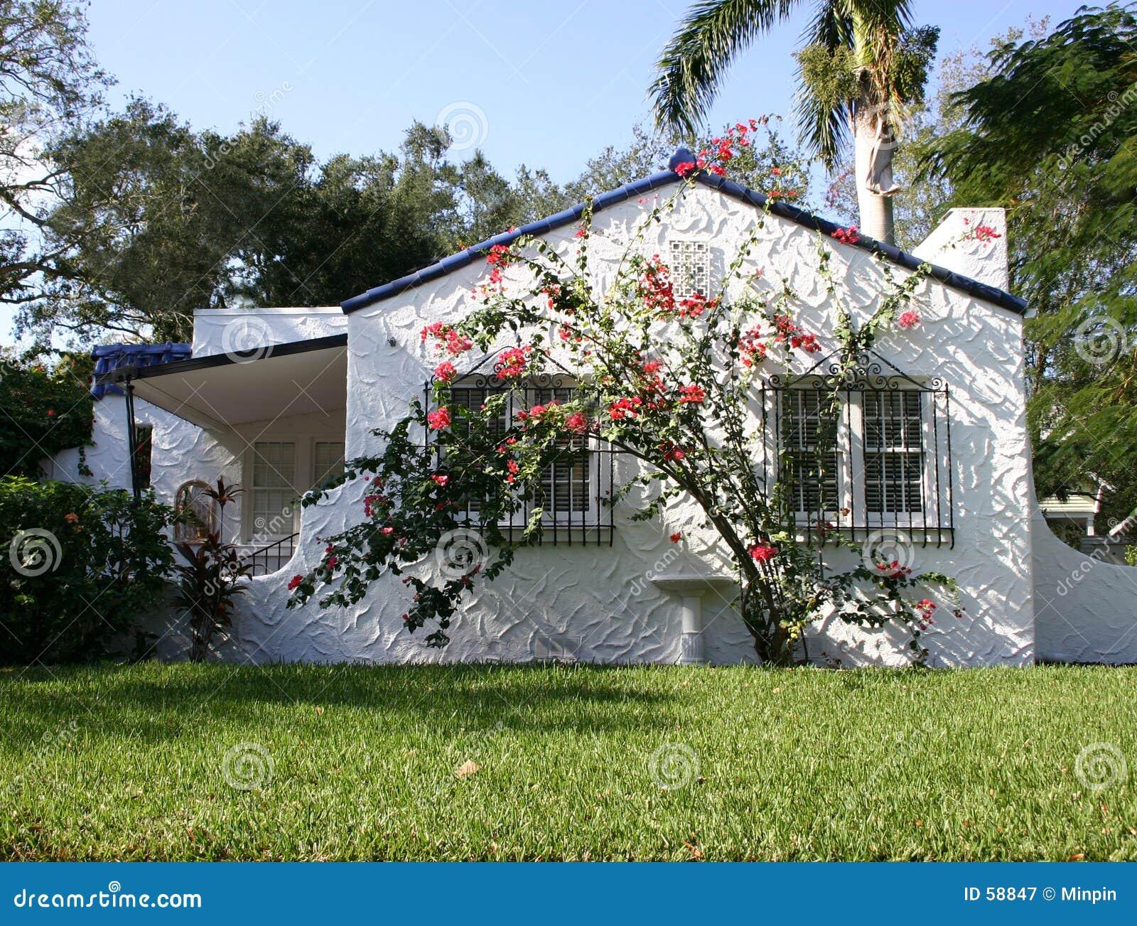 Download Maison espagnole image stock. Image du architecture, home - 58847