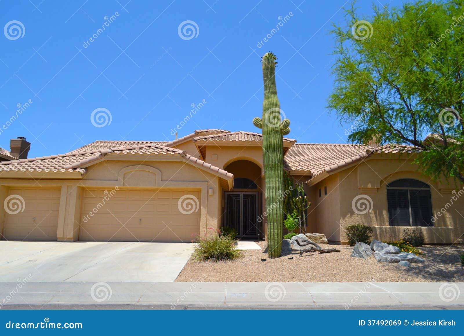 maison espagnole du sud ouest toute neuve de r 234 ve de l arizona de style images libres de droits