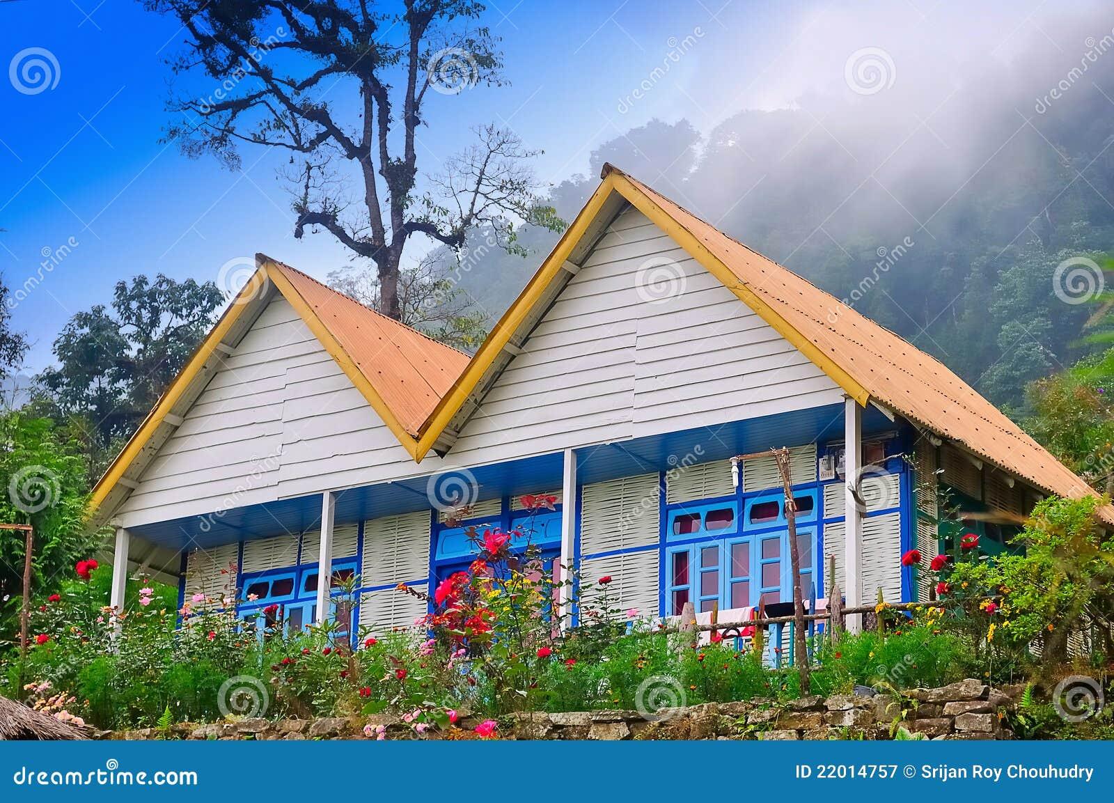 Maison Et Jardin, Pierre, Hublot, Bambou, Nuage Image stock - Image ...