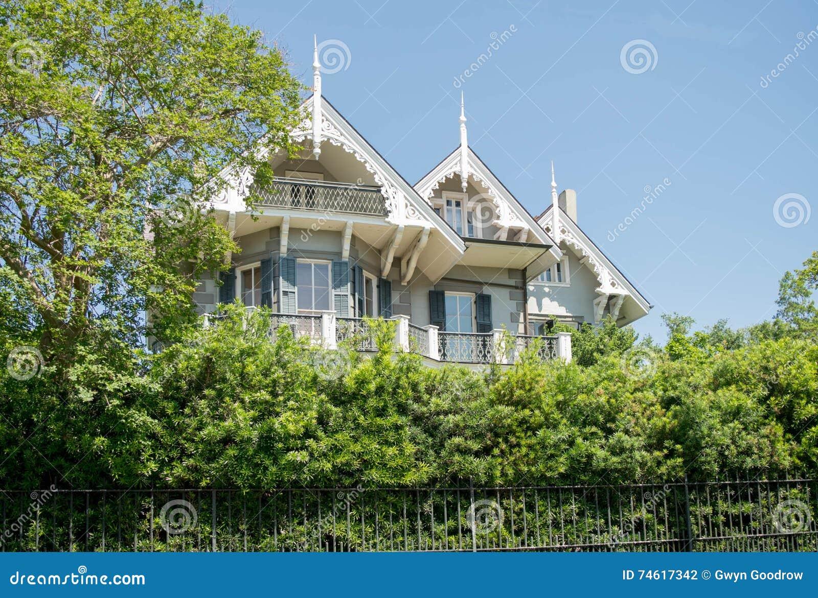 Maison Historique De Secteur De Jardin De La Nouvelle-Orléans ...