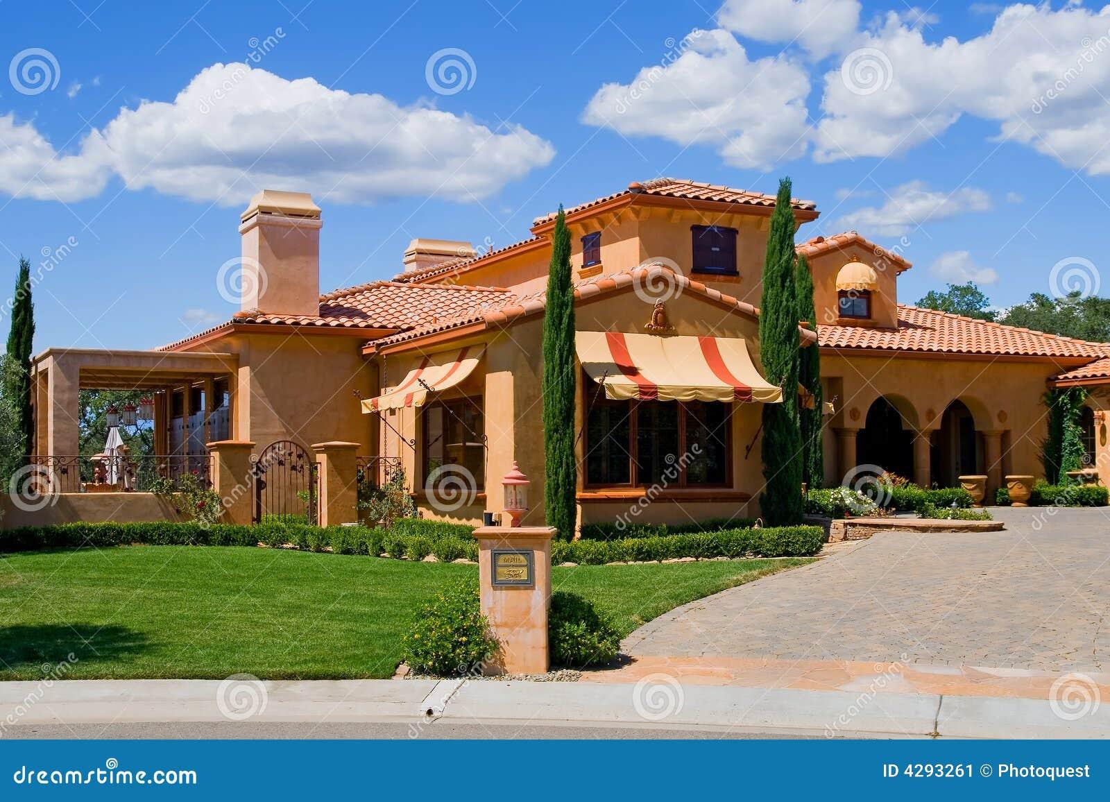Maison italienne de type image stock image 4293261 - Deco italienne maison ...