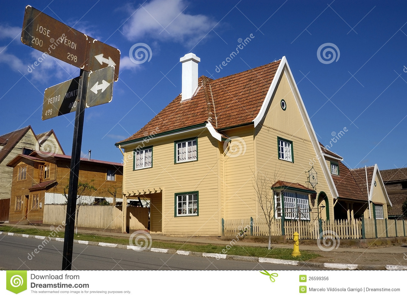 Maison italienne type d 39 architecture photo stock image for Maison italienne architecture