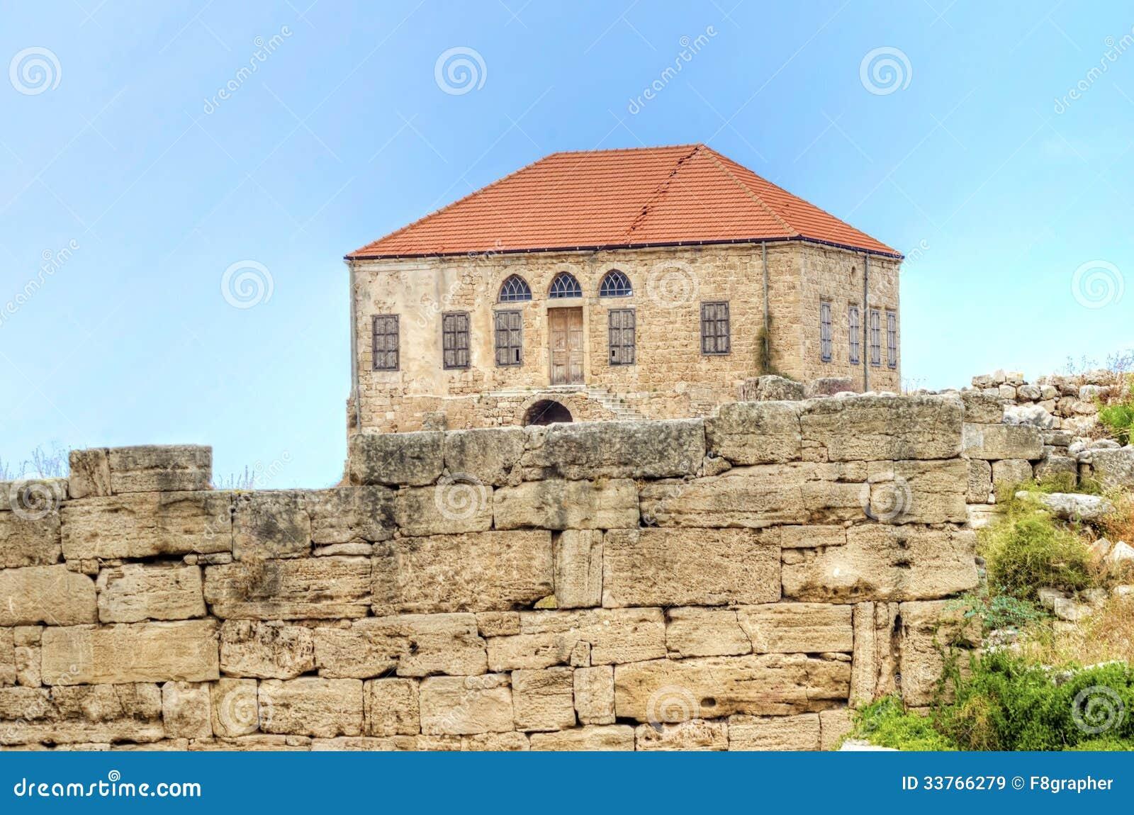 maison libanaise traditionnelle byblos images libres de