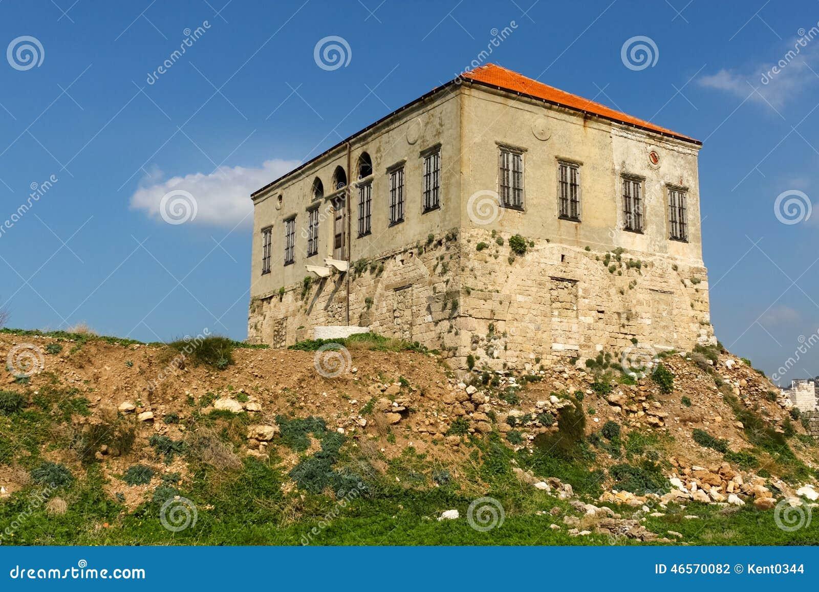 Maison libanaise traditionnelle byblos photo stock for Architecture maison traditionnelle libanaise