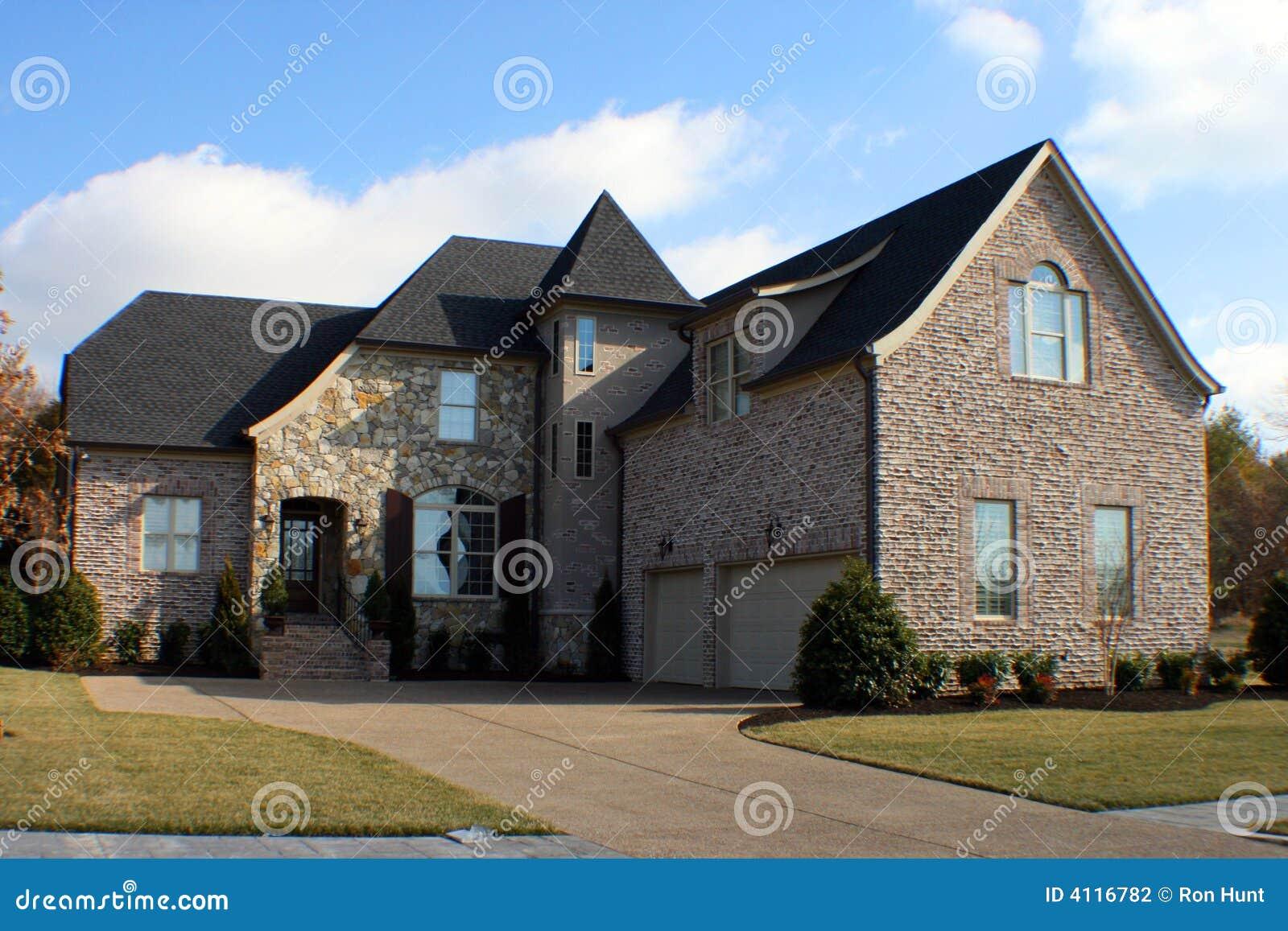 Maison moderne photo stock. Image du construction, home - 4116782