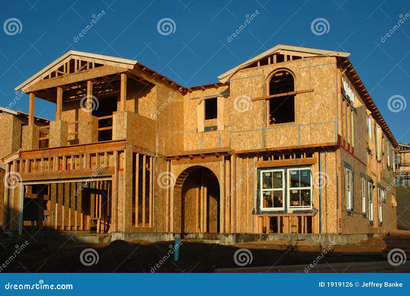 Maison moderne en construction image libre de droits   image: 1919126