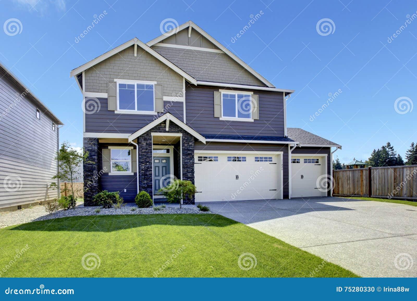 Porche D Entrée Maison Contemporaine maison moderne luxueuse avec le porche à haut plafond d