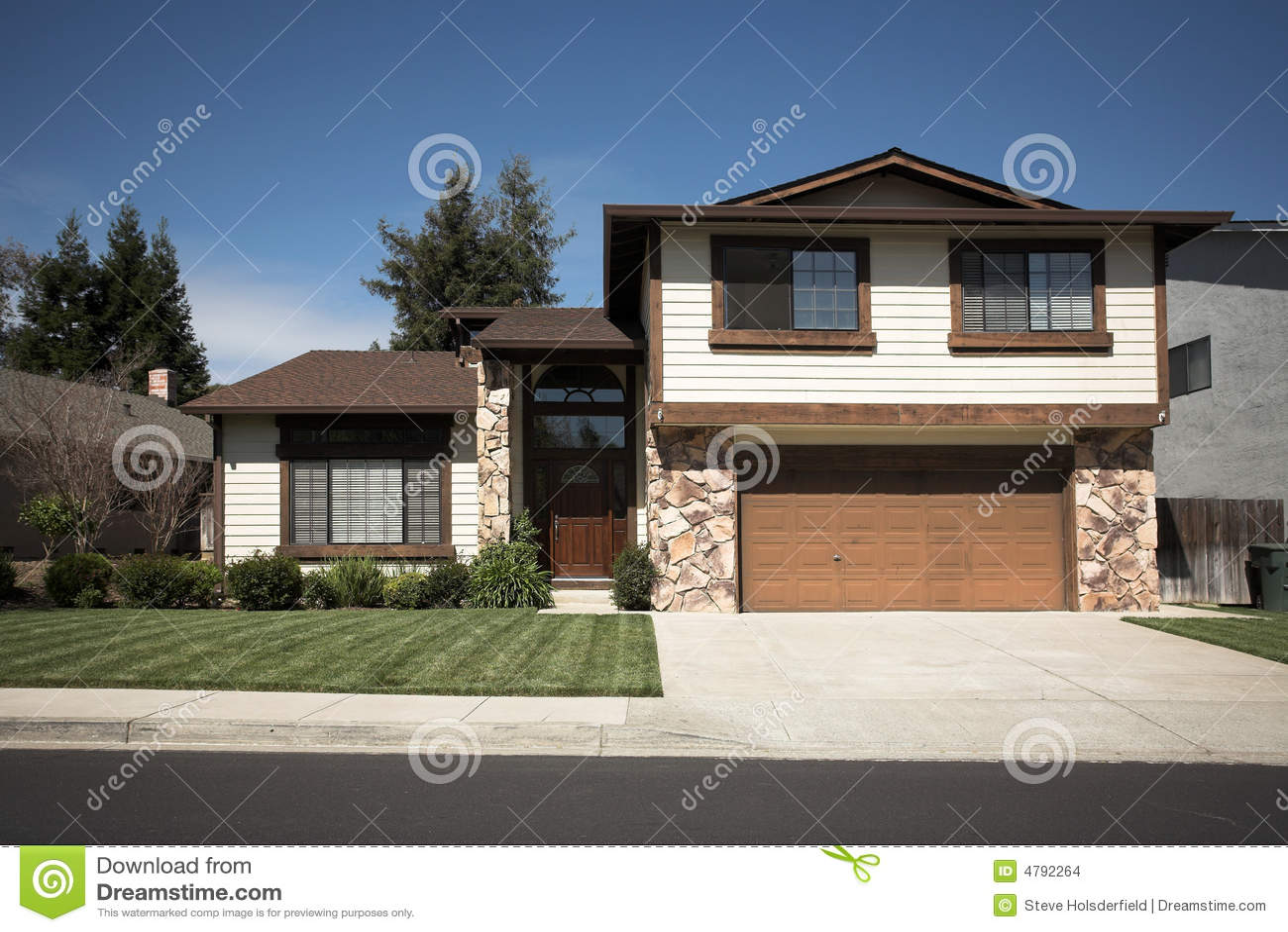 maison nordique de la californie subruban photo stock image du concret all e 4792264