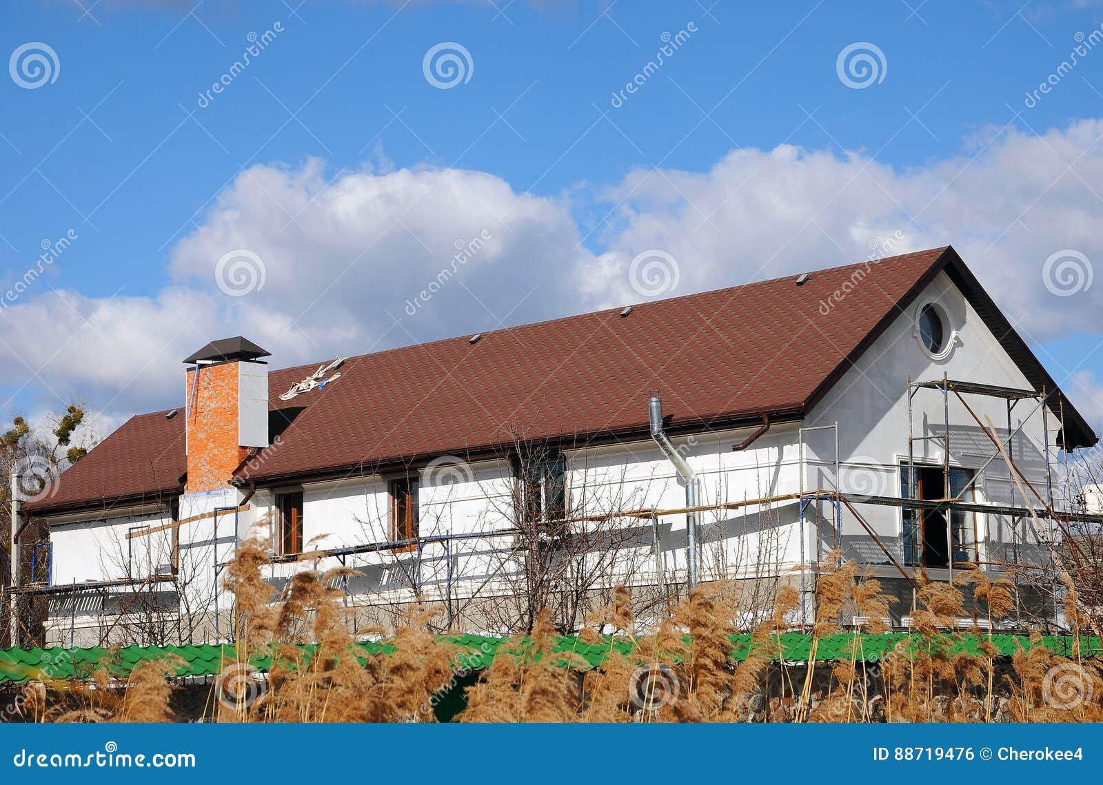 Maison ou b timent urbaine mod le de fa ade goutti re de pluie bardeaux de toit toiture toit for Tuile de maison