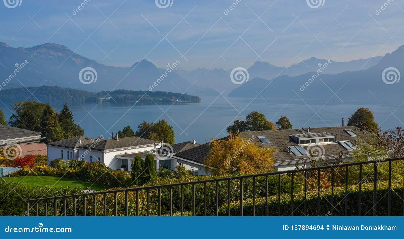 Maison rurale à Lucerne, Suisse