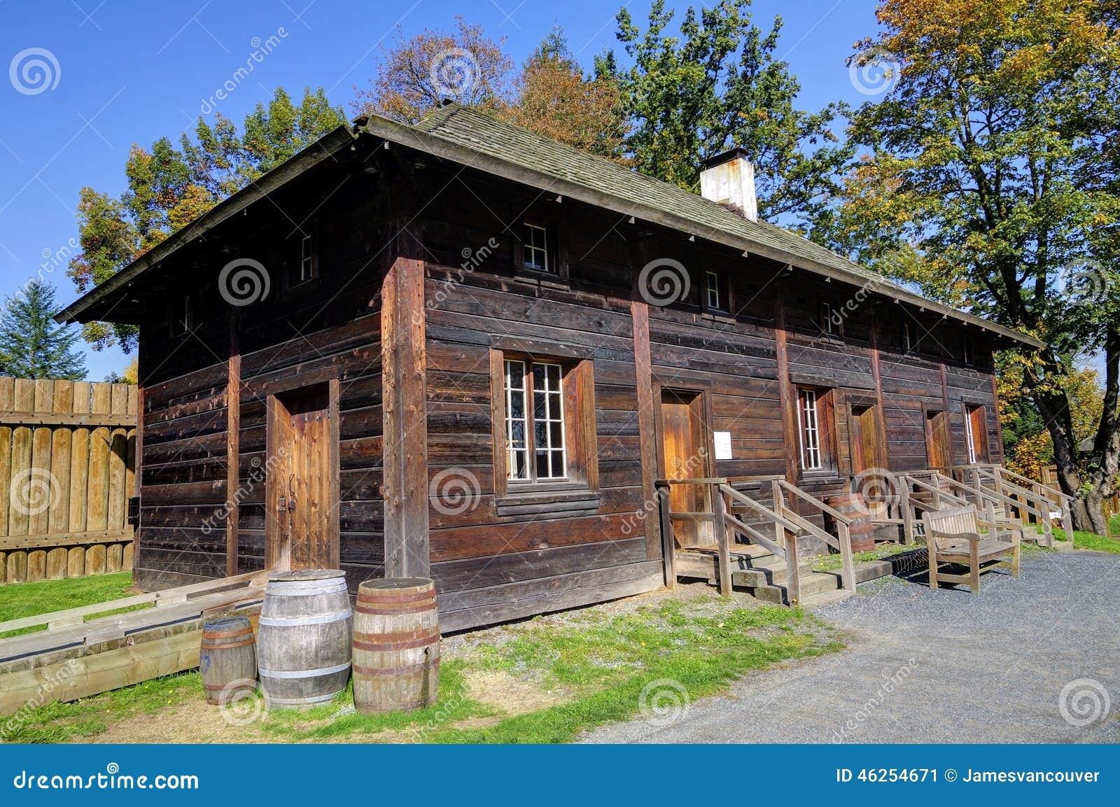 Maison rurale canadienne traditionnelle de vieilles p riodes photo stock im - Maison canadienne en france ...