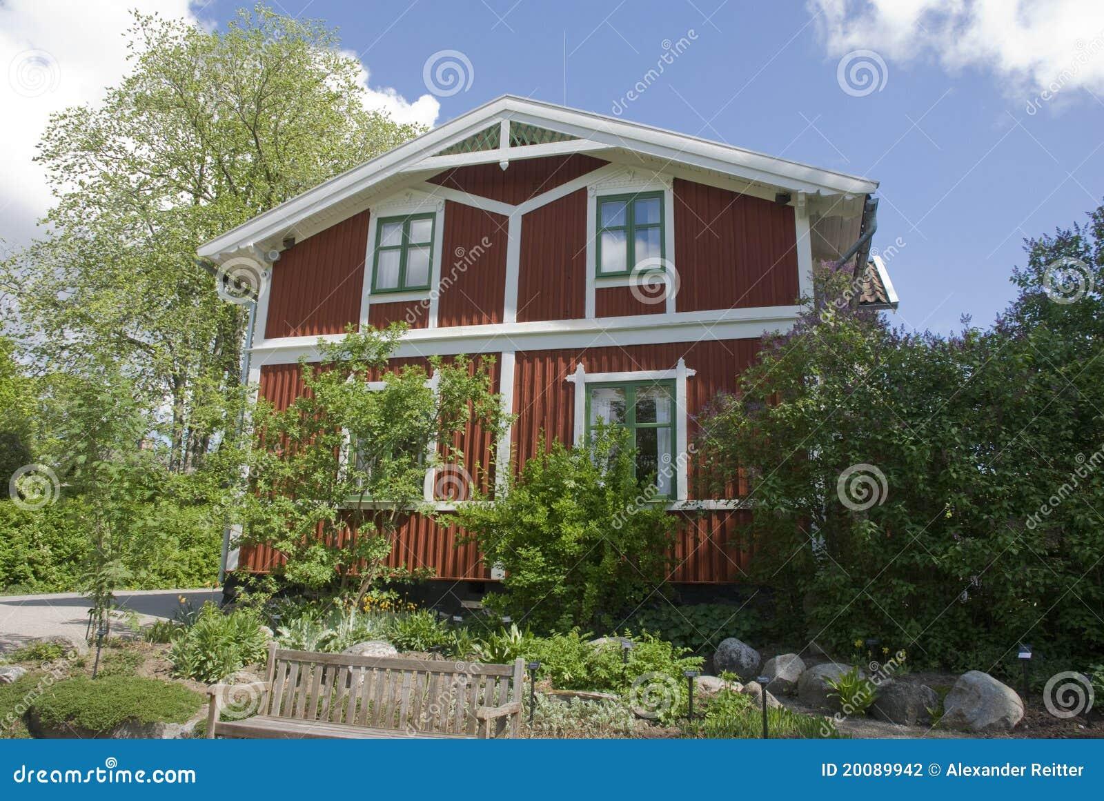 Maison scandinave photographie stock image 20089942 - Maison bois scandinave ...