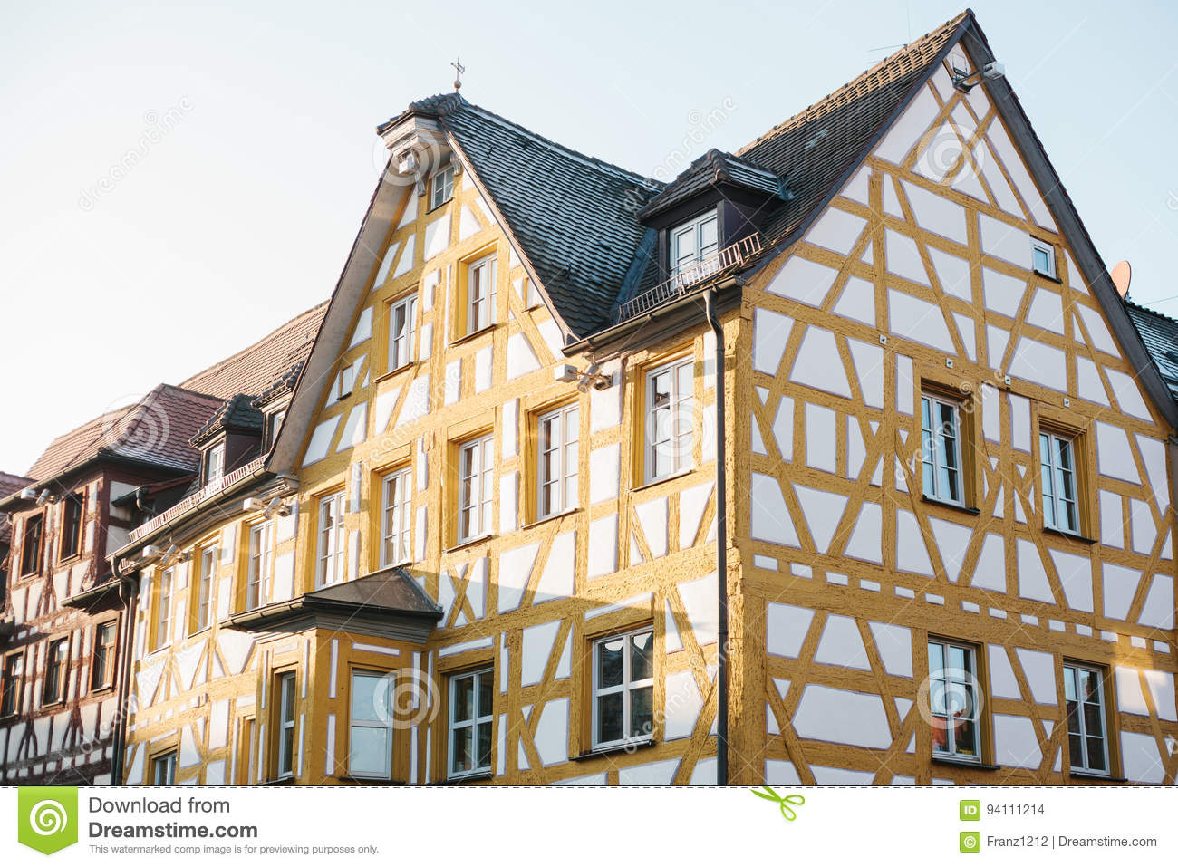 Maison traditionnelle dans le style allemand en bavi re l for Dans en allemand