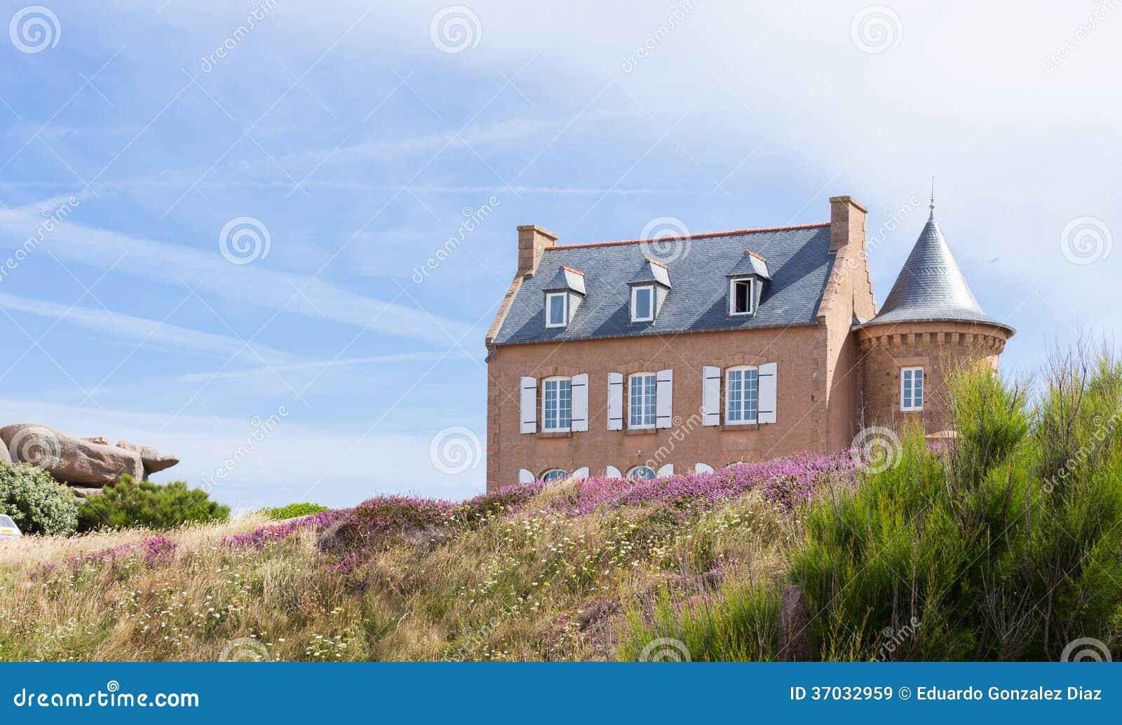 Maison typique de la bretagne de fran ais images libres de droits image 37 - Maison prefabriquee bretagne ...