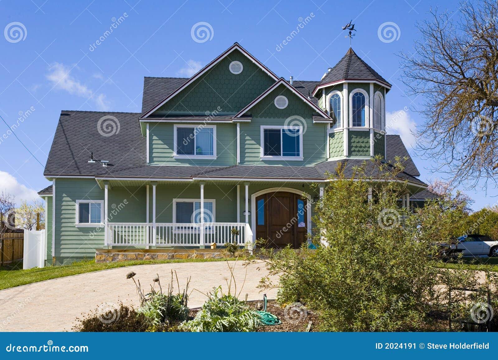 Maison victorienne verte image stock image 2024191 - Maison verte produits d entretien ...