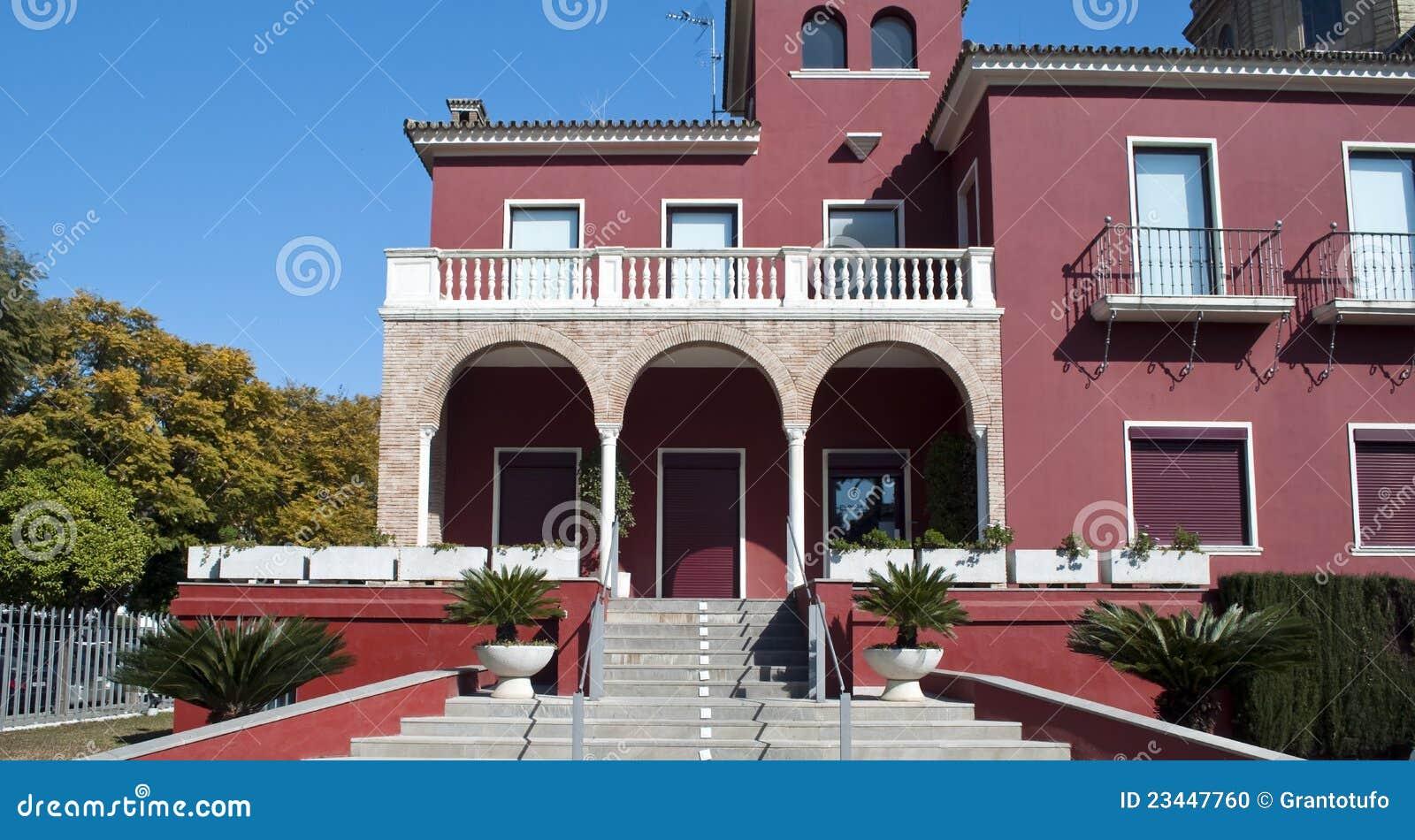 Maison violette s ville photo stock image 23447760 for Maison violette