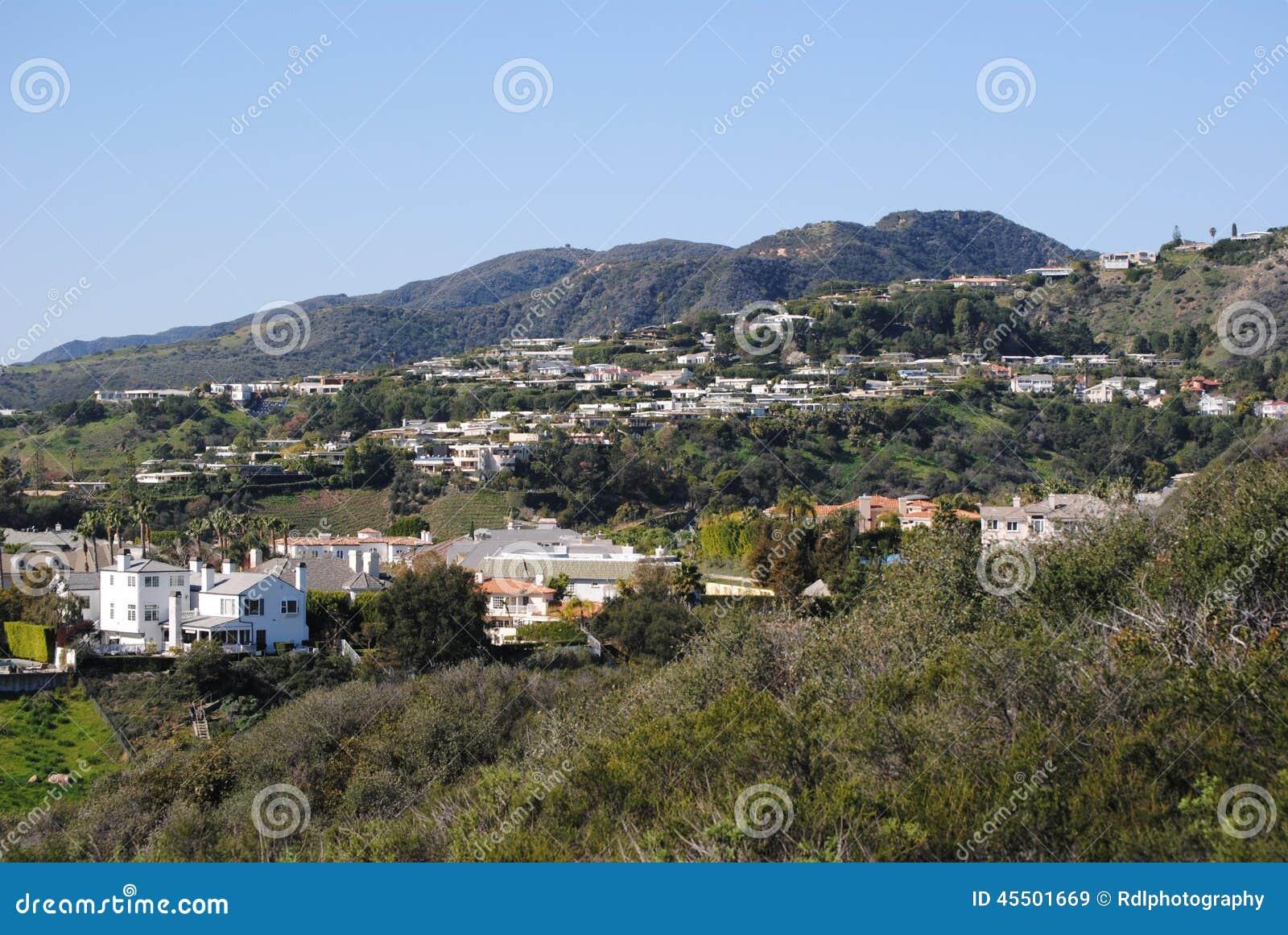 maisons californiennes photo stock image 45501669. Black Bedroom Furniture Sets. Home Design Ideas