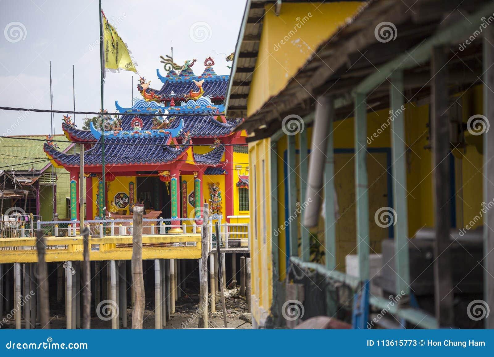 Maisons d échasse au village de pêche chinois dans Pulau Ketam près de Klang Selangor Malaisie