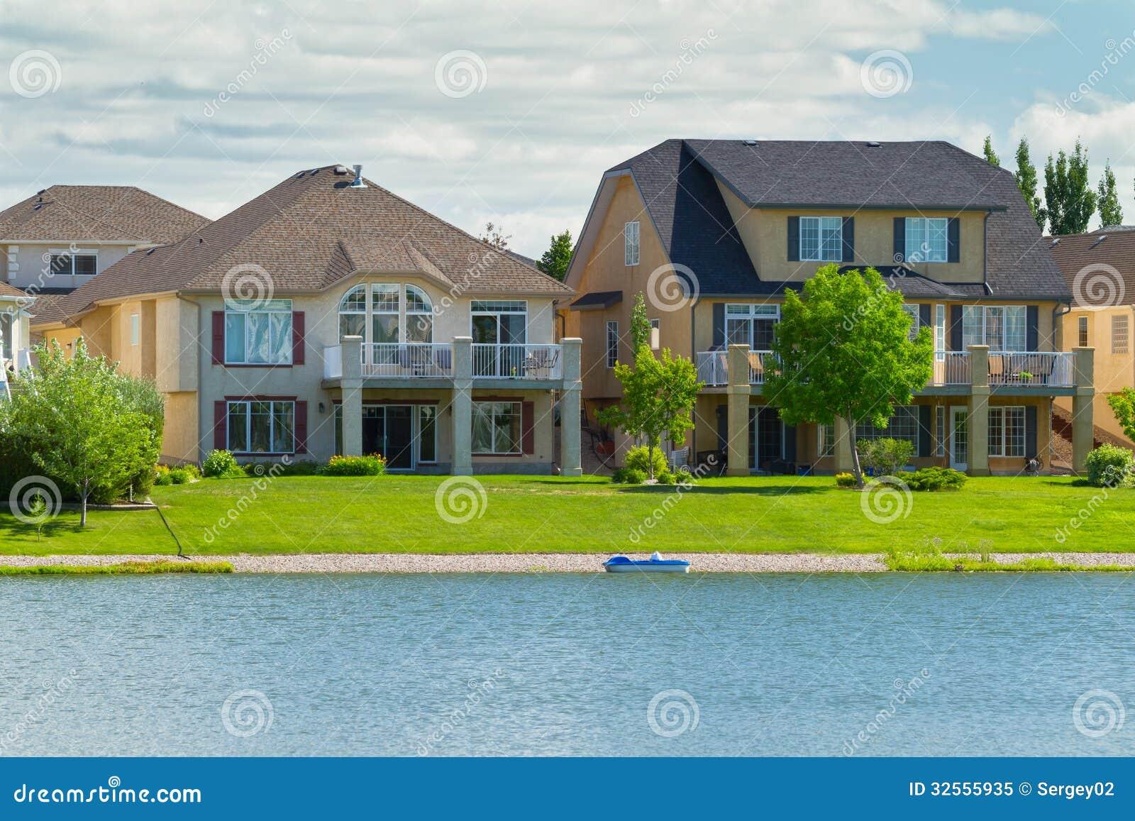 Maisons De Luxe Canadiennes Dans Manitoba Photo Libre De