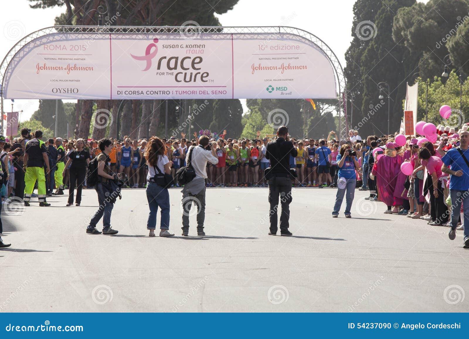 Maj 17, 2015 Lopp för boten, Rome italy Lopp mot bröstcancer