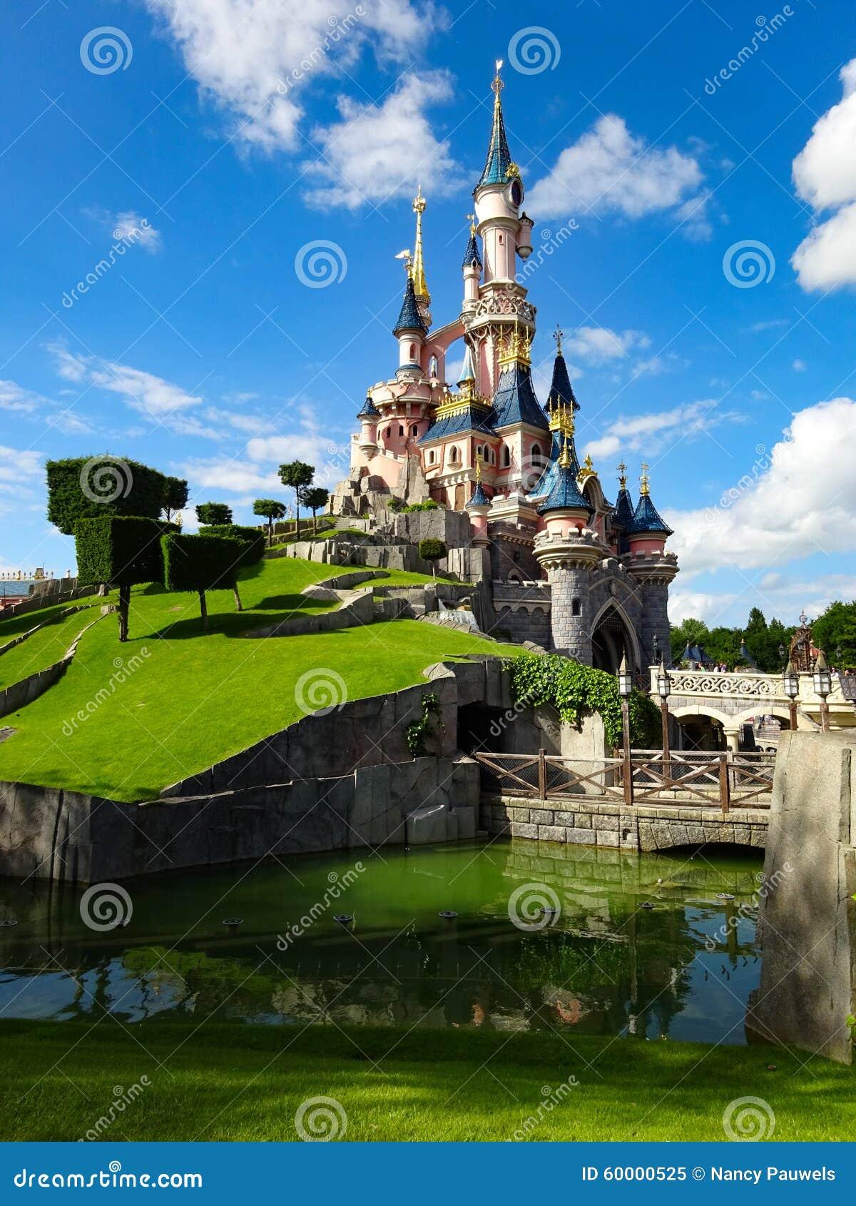 Maj 24th 2015: Disneyland Paris slott